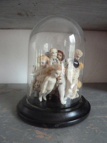 2 b of d dolls